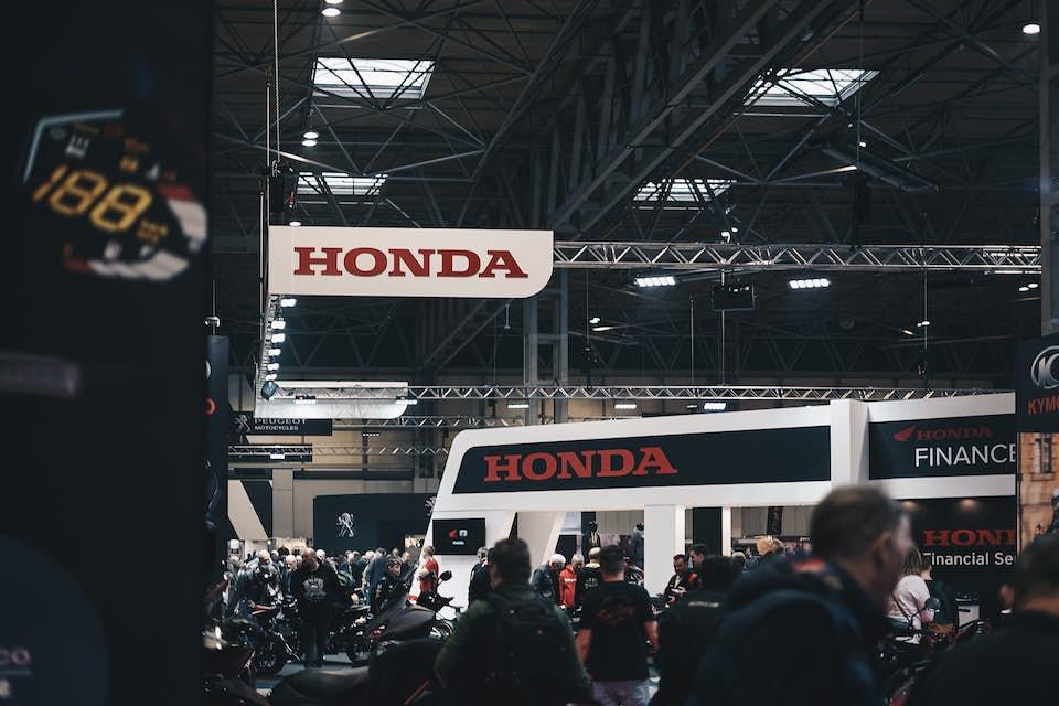 Honda exhibit at an auto trade show.